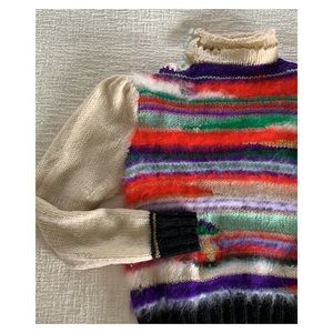 Incredible hand knit cropped angora sweater
